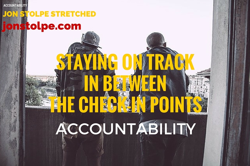 STAYING ON TRACKIN BETWEENTHE CHECK-IN POINTS